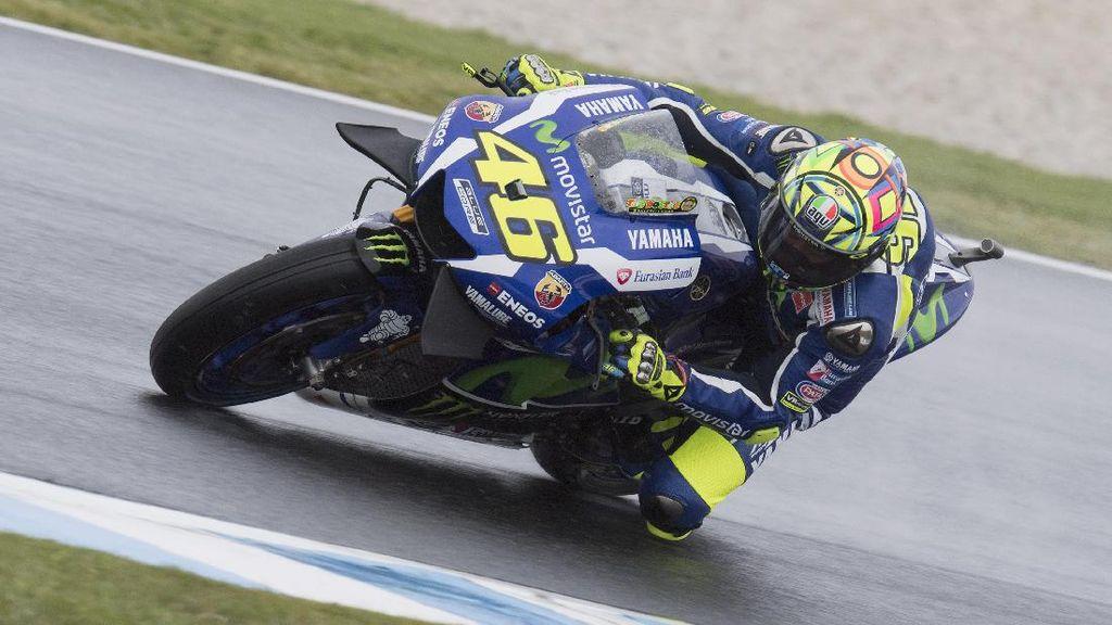 Rossi Targetkan Podium di Sepang