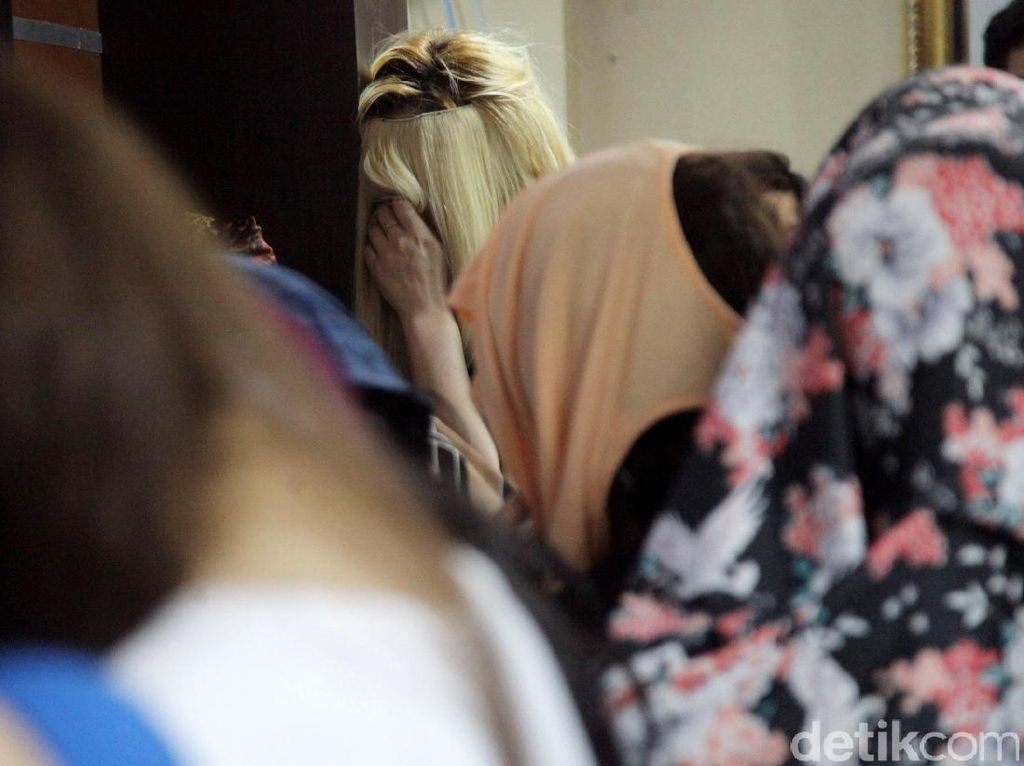 Diduga PSK, 17 WNA Maroko Diamankan