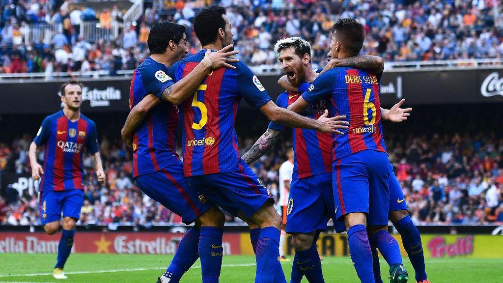 Penalti Messi di Injury Time Menangkan Barca atas Valencia