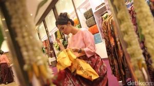 Rumah Desain Tata Busana Pecinta Kain Nusantara