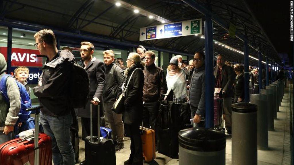Insiden Gas Air Mata di Bandara London, Ratusan Orang Dievakuasi