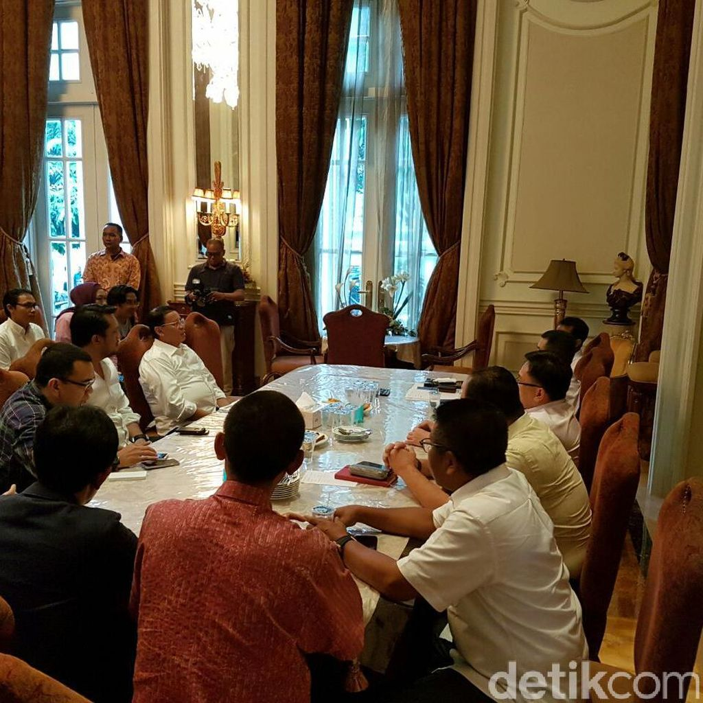 Bacagub Banten Wahidin Temui Hary Tanoe