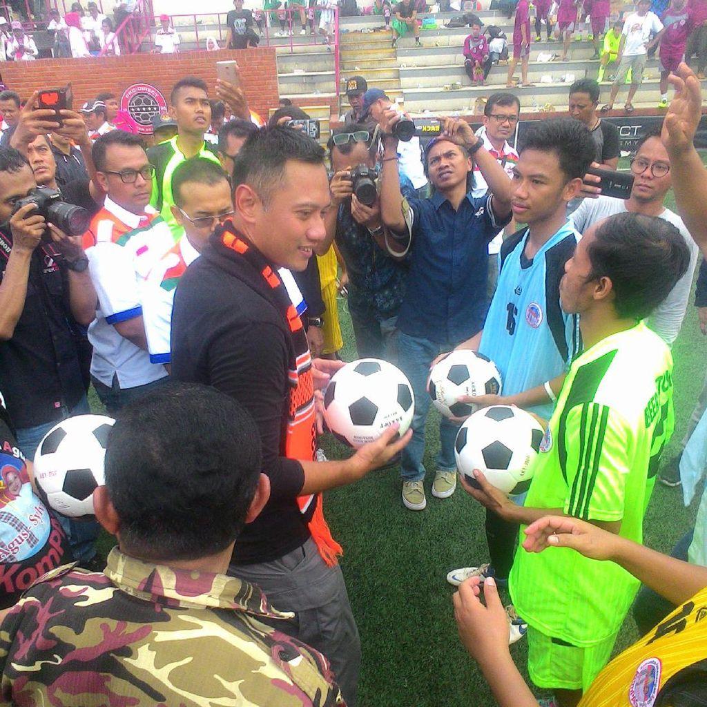 Buka Piala AHY, Agus Janji Tingkatkan Prestasi Persija