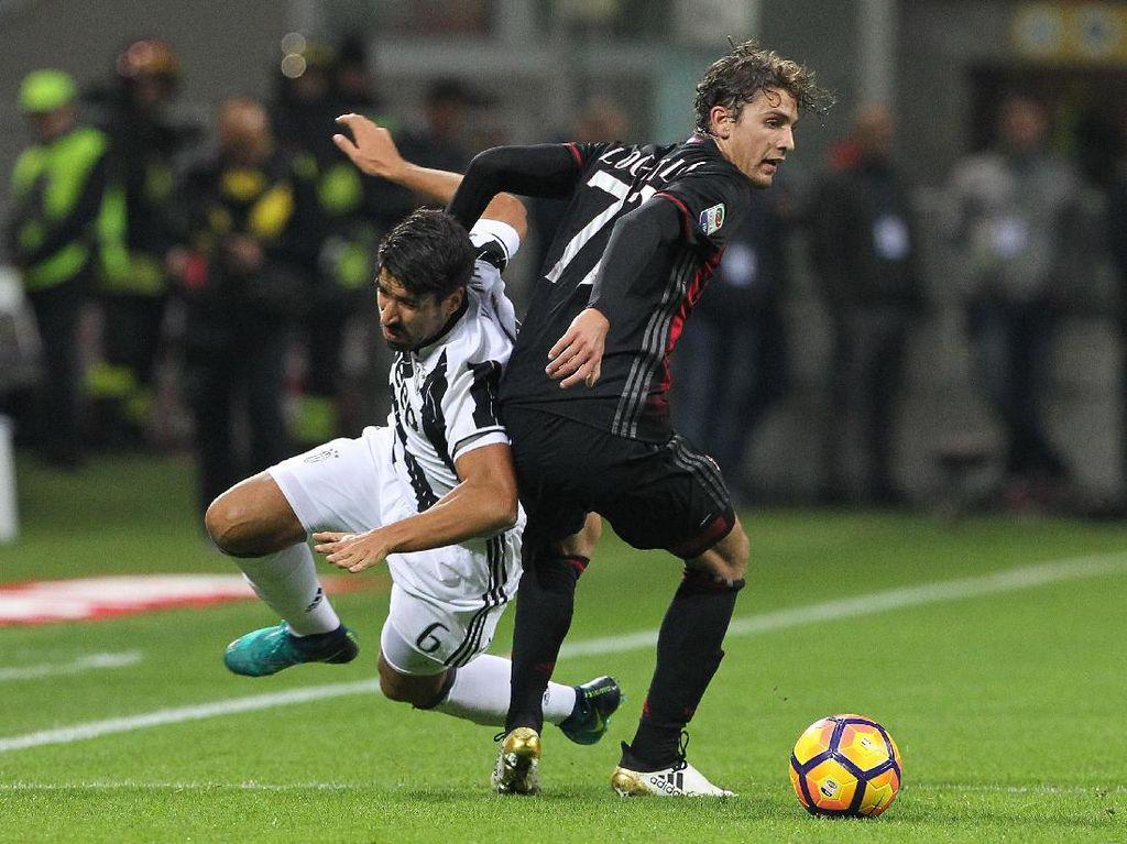 Diwarnai Keputusan Kontroversial, Milan Kalahkan Juve 1-0