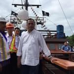Budi Karya Rapat di Atas Kapal Bajak Laut