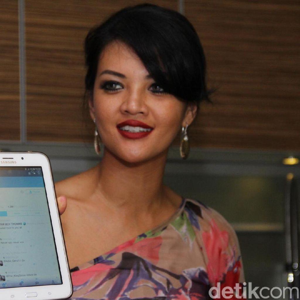 Farah Quinn Cibir Pembajak Twitter-nya