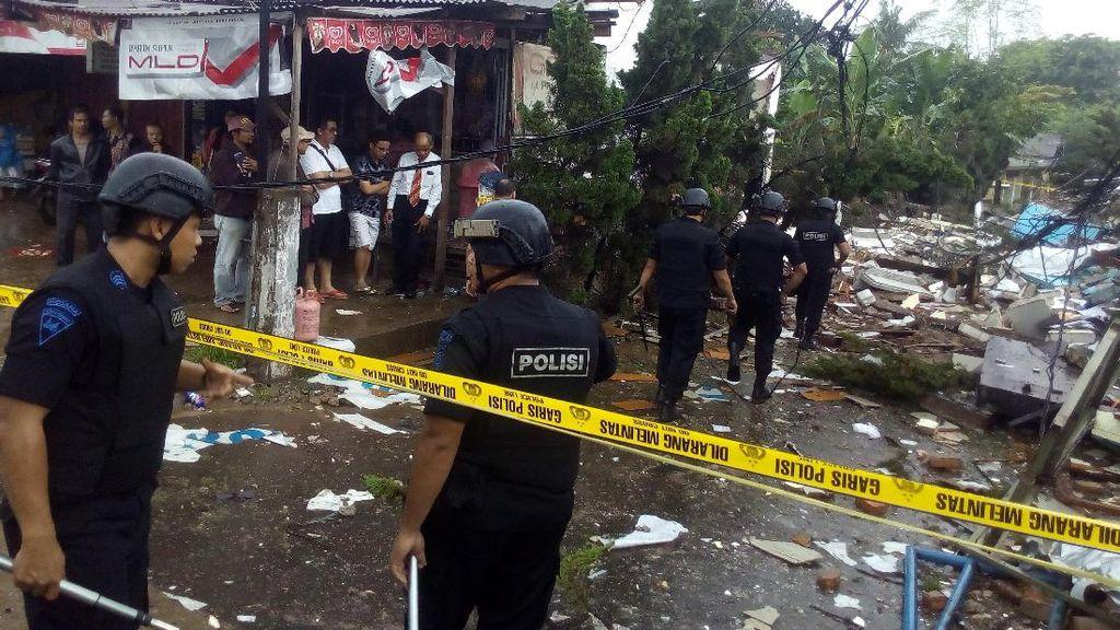 Gegana dan Inafis Tiba di Lokasi Ledakan PHD Pondok Melati, Bekasi