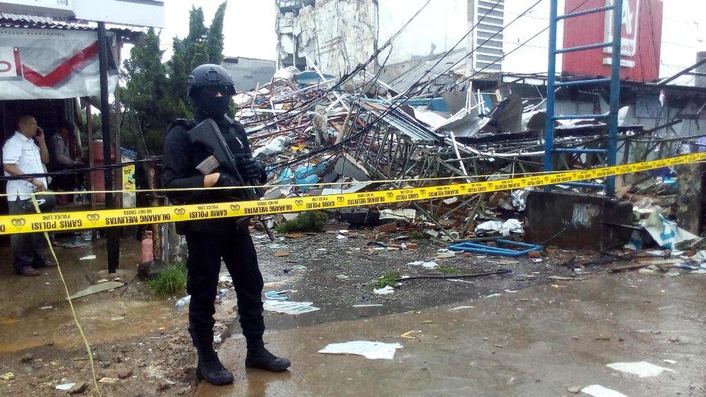 Labfor Mabes Polri Tunggu Alat Berat untuk Identifikasi Ledakan di Bekasi