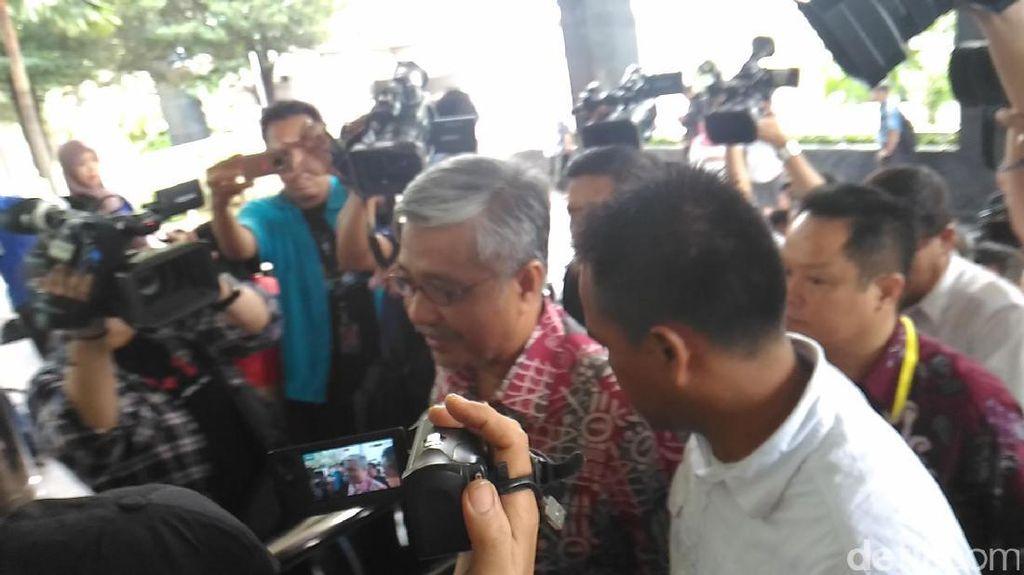 Penuhi Panggilan KPK, Gubernur Nur Alam: Saya akan Taat pada Hukum