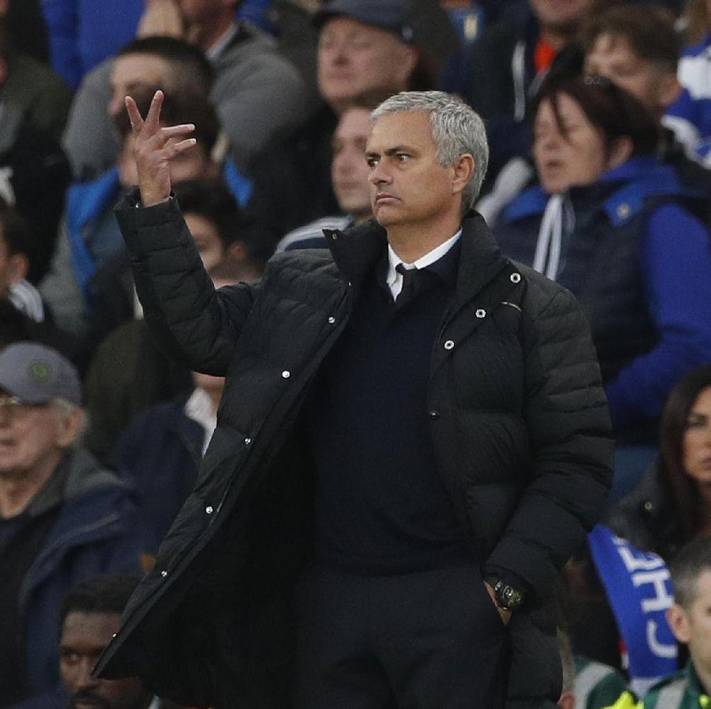 Sorotan Tajam Mourinho untuk Kesalahan-Kesalahan MU