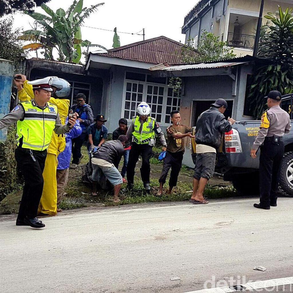 Truk Seruduk Tiga Kendaraan di Jalur Ciloto, 3 Orang Tewas