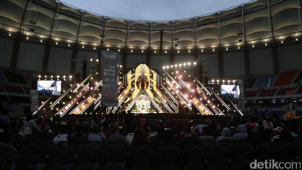 BTS sampai SHINee Menggila di Busan Asia One Fest 2016