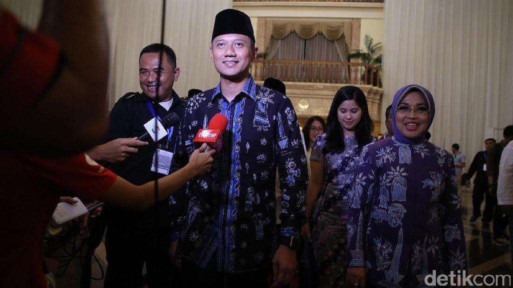 Kenakan Batik Betawi di Penetapan Cagub, Agus Yudhoyono: Supaya Mendunia
