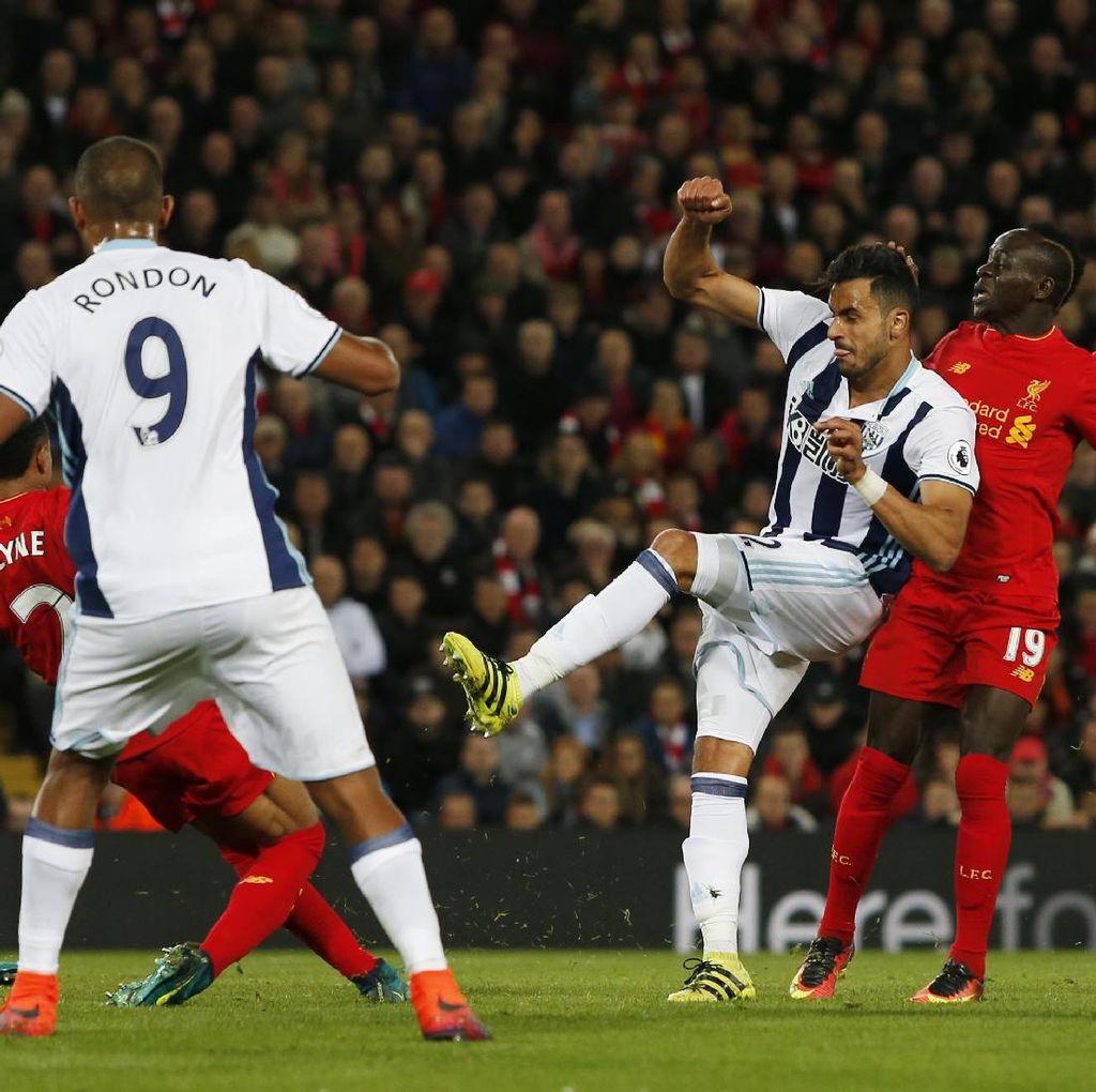 Klopp Soal Keroposnya Lini Belakang Liverpool