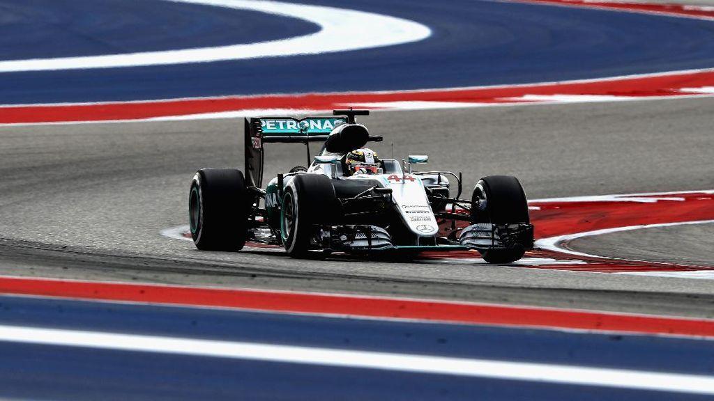 Hamilton Sempat Khawatir Mobilnya Bermasalah Lagi