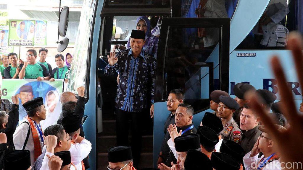 Tim Agus-Sylvi Anggarkan Rp 2 M untuk Alat Peraga Kampanye