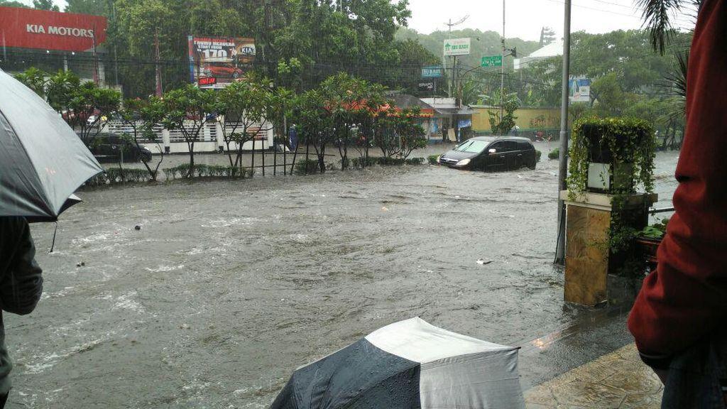 Solusi Atasi Banjir dari Ridwan Kamil: Tol Air di Pasteur dan Pagarsih