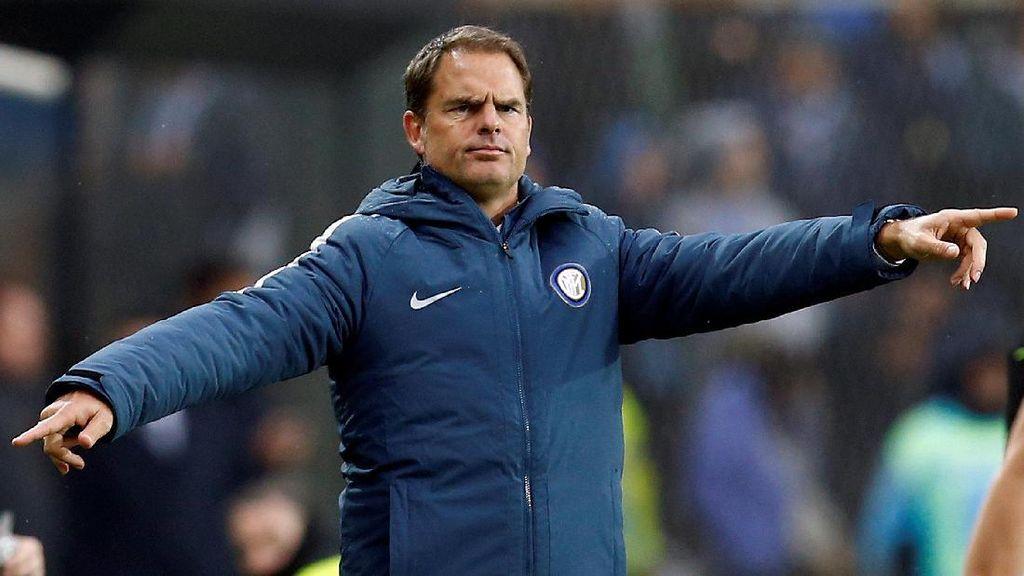De Boer Sebut Inter Bermain dengan Rasa Takut
