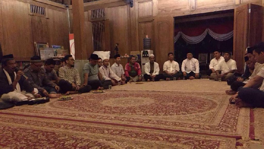 Jelang Penetapan KPU DKI, Relawan Anies Doa Bersama di Jakarta dan Yogya