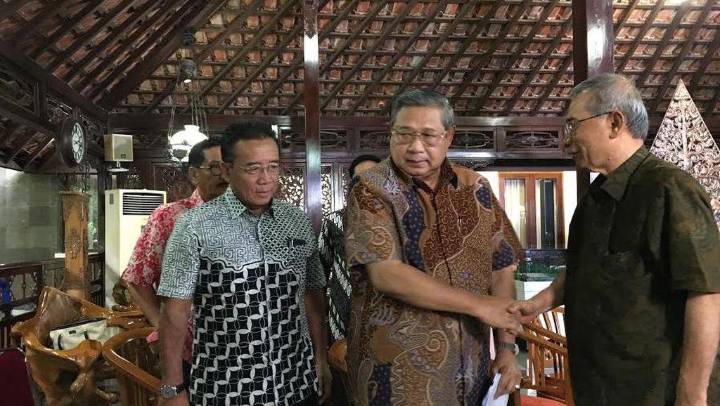 Sudah 2 Minggu SBY Fokus Cari Dokumen TPF Munir yang Hilang