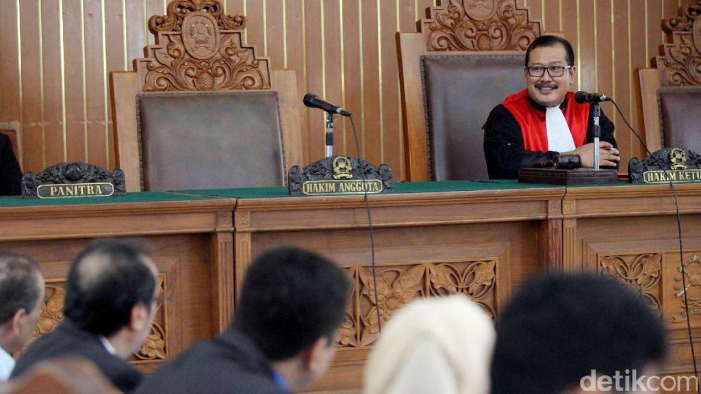 Wakil Ketua DPD Hadiri Praperadilan Irman Gusman di PN Jaksel