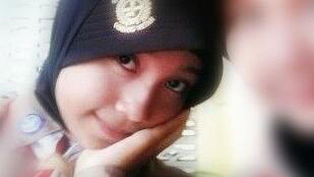 Isak Tangis Ibunda: Ayu Anisa, Pulanglah Nak!