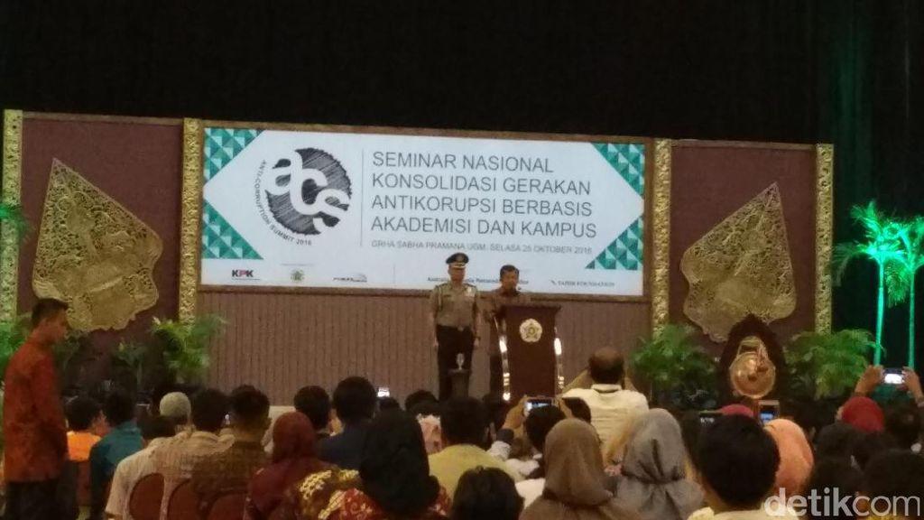 Wapres JK Buka Anti Corruption Summit  2016 di UGM Yogyakarta