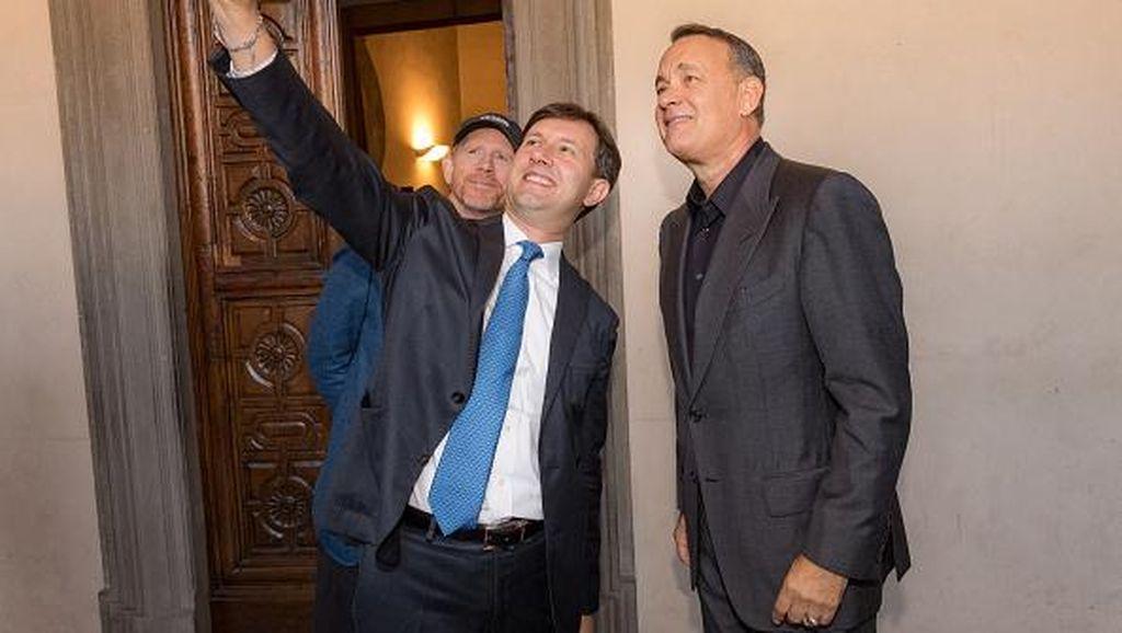 Ketika Selfie dengan Selebriti Jadi Obsesi