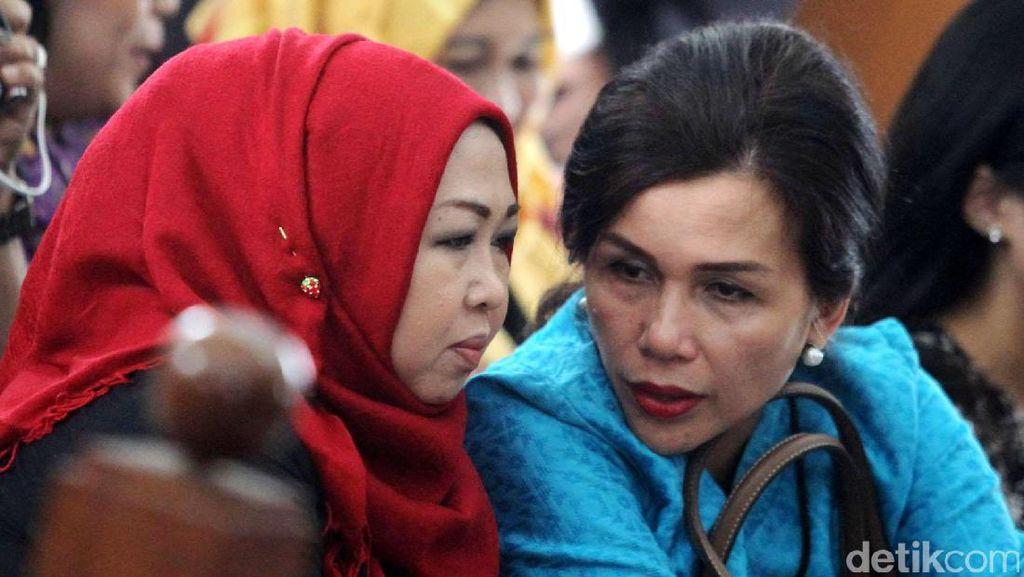 Istri Irman Gusman: Suami Saya Dibentak-bentak Petugas KPK