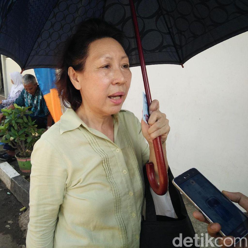 Jelang Vonis, Pengacara dan Keluarga Besuk Jessica di Rutan Pondok Bambu