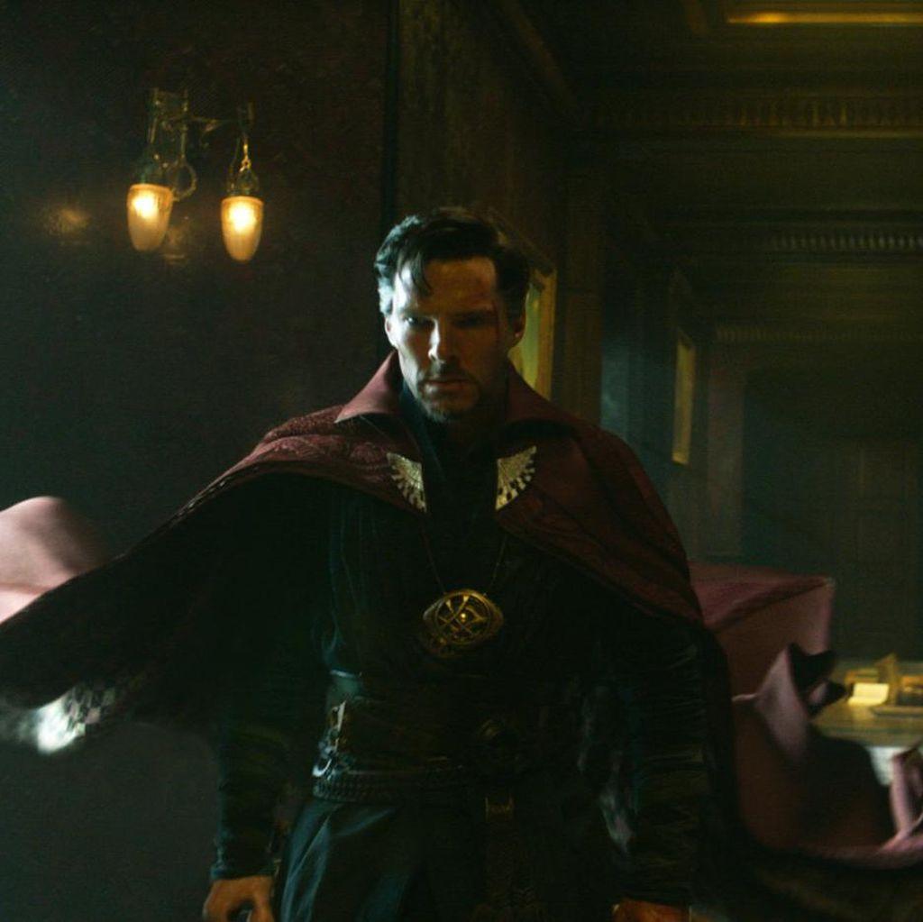 Doctor Strange, Film Superhero Marvel yang Paling Beda