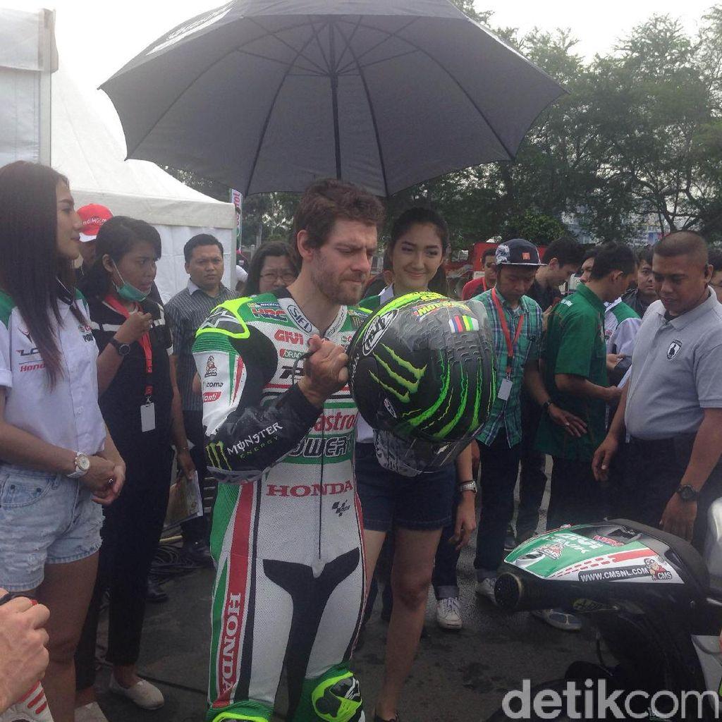 Pernah Jadi Pesepakbola, Cal Crutchlow Kini Bersyukur Pilih MotoGP
