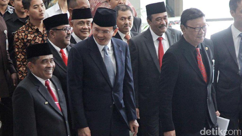 Mendagri Lantik Plt Gubernur DKI Jakarta dan Banten
