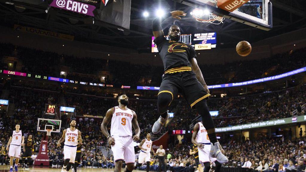 James Triple-double, Cavaliers Buka Musim dengan Kemenangan