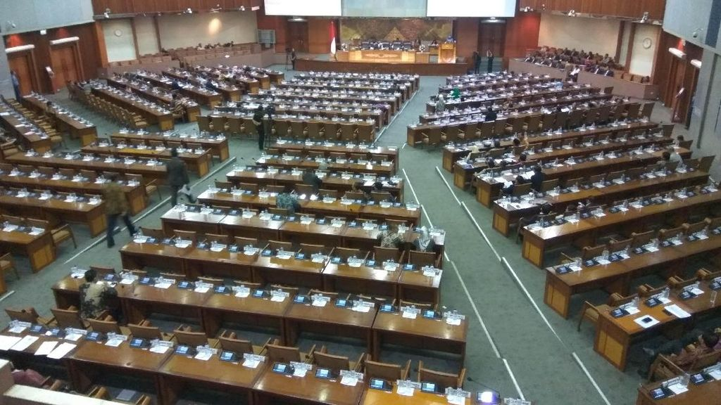 Paripurna Penutupan Masa Sidang DPR, 229 Wakil Rakyat Tak Hadir