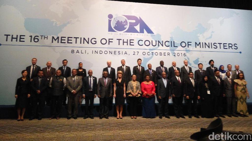 Menlu Retno Buka Pertemuan Tingkat Menteri IORA