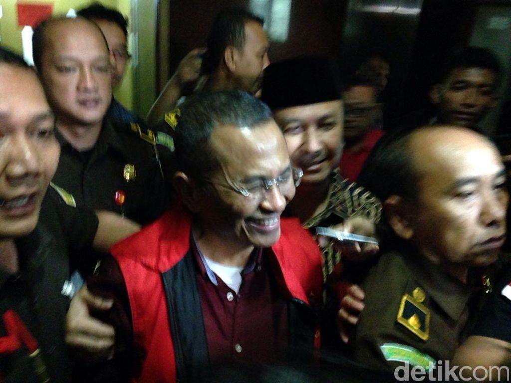 Dahlan Iskan Ditahan di Rutan Klas I Surabaya