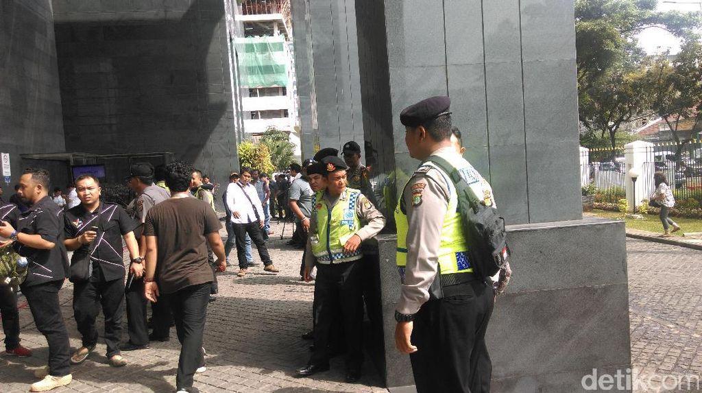 Jelang Vonis Jessica, Pengamanan PN Jakpus Diperketat