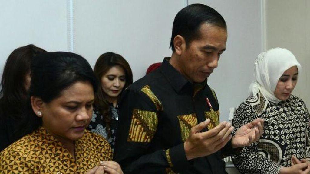Jokowi: Semoga Ayah Kapolri dan Menlu Diberi Tempat Terbaik di Sisi Allah