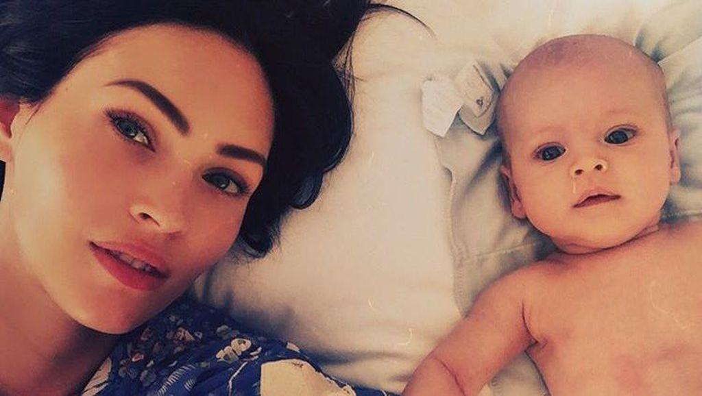 Gemes! Megan Fox Unggah Foto Anak Ketiga