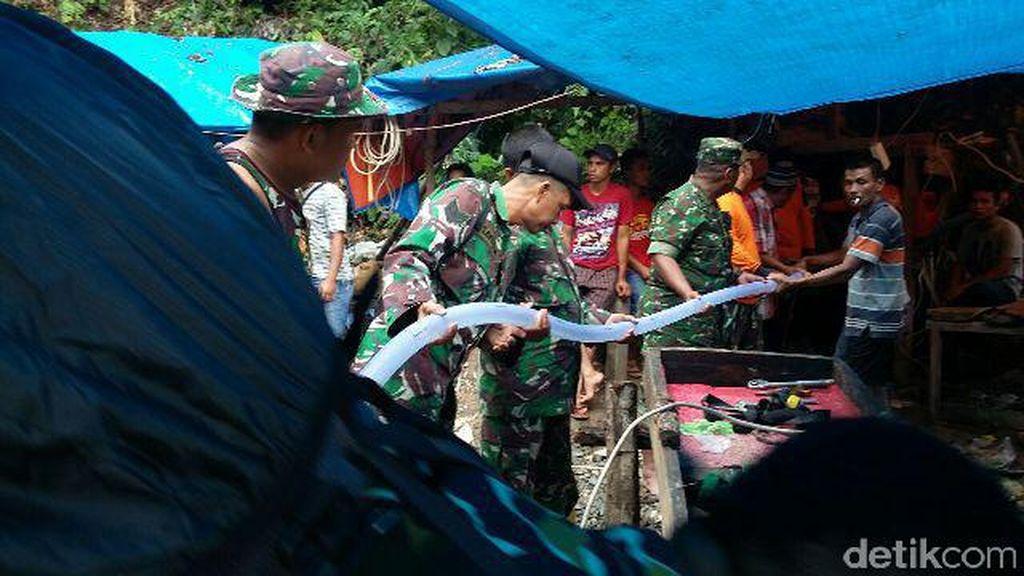 Hari ke-5, 11 Penambang yang Tertimbun Longsor di Merangin Belum Ditemukan