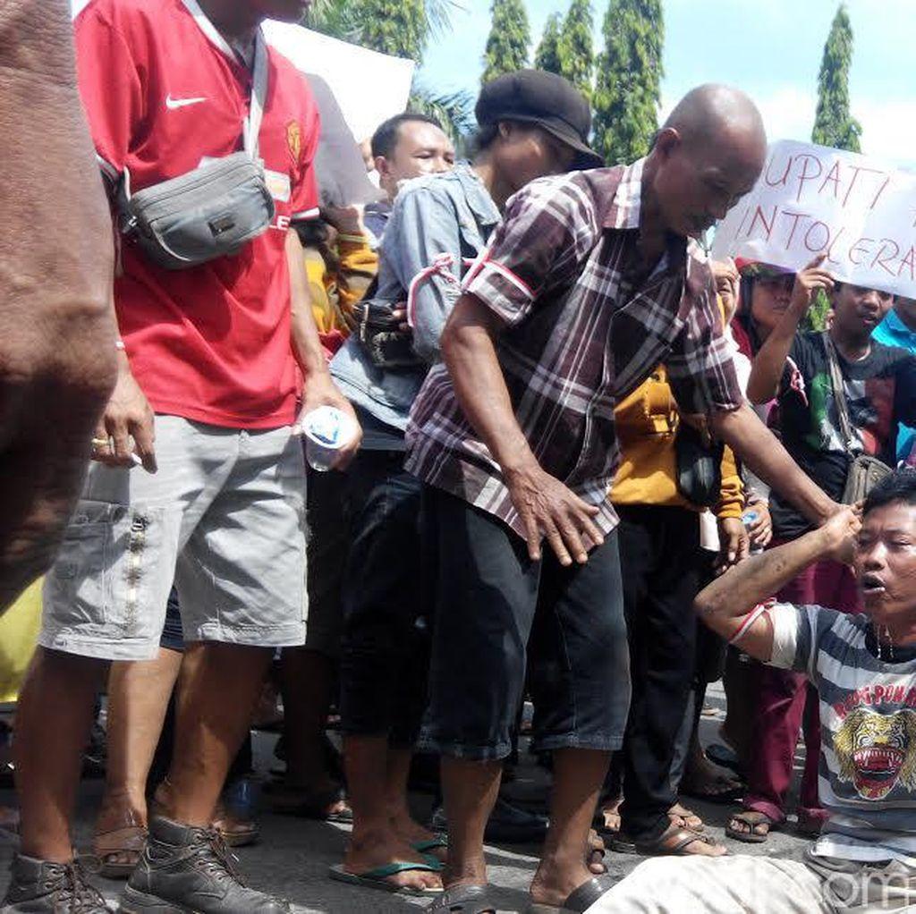 PKL di Ponorogo Turun ke Jalan Tolak Relokasi