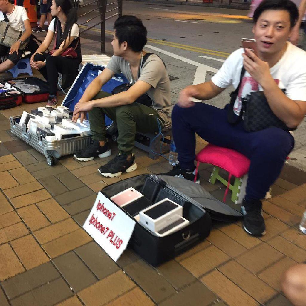 Berburu iPhone 7 di Emperan Apple Store Hong Kong