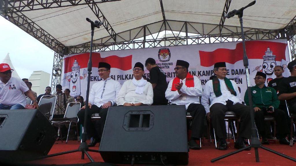 Wahidin-Andika dan Rano-Mulya Teken Komitmen Kampanye Damai Berintegritas