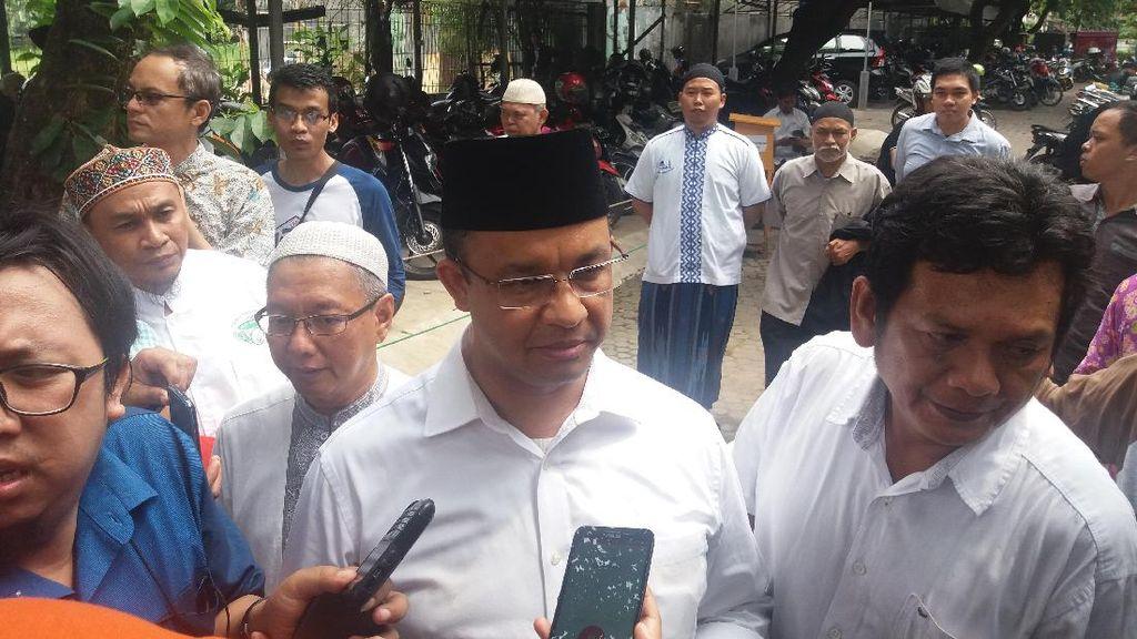 Cegah Korupsi, Anies Baswedan akan Kurangi Transaksi Tunai di Jakarta
