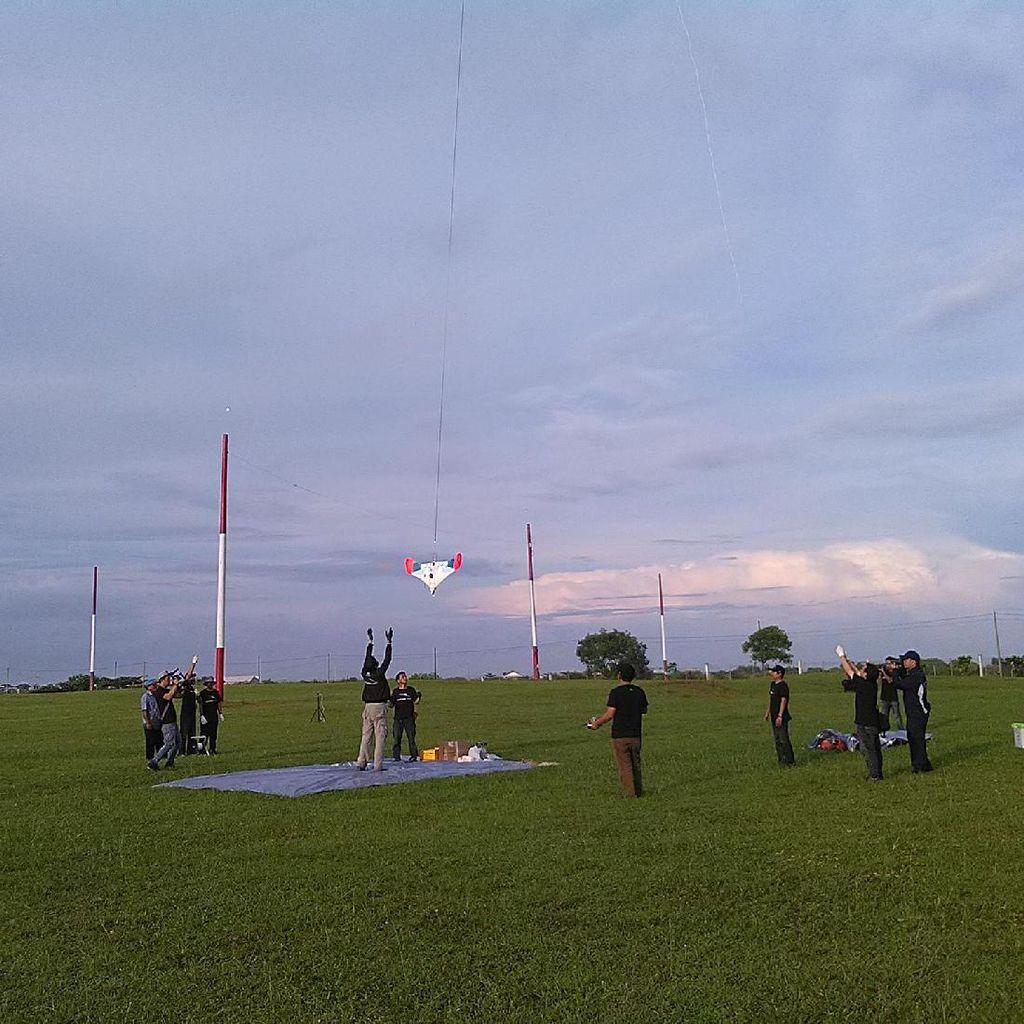 Ekpedisi Menembus Langit Torehkan Sejarah di Hari Sumpah Pemuda