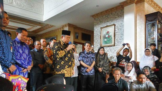 SBY: Selamat Jalan Sutan Bhatoegana, Sahabat yang Gigih Berjuang