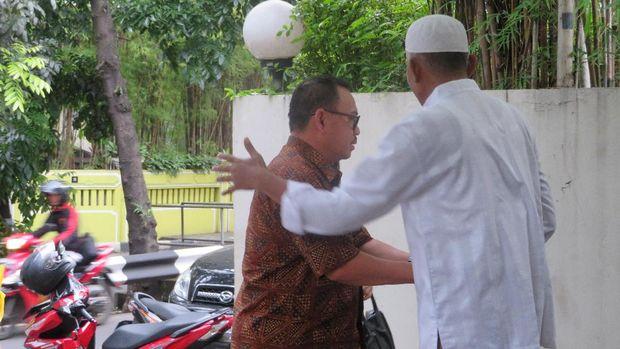 Pelayat Mulai Berdatangan ke Rumah Duka Eks Menkeu Mar'ie Muhammad