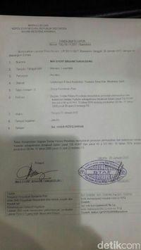 laporan tim pengacara ke polisi.