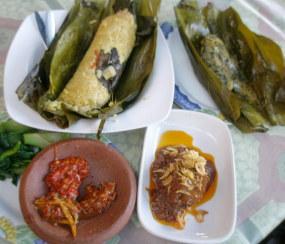 Ketagihan Pepes Nasi & Kesetrum Sambal Mangga